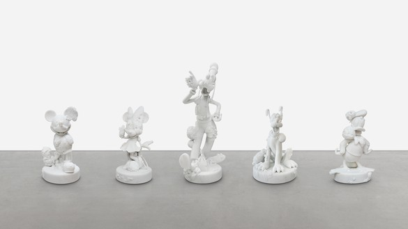 Damien Hirst, Five Friends, 2018 Carrara marble, in 5 parts, Mickey: 30 ⅝ × 17 ½ × 17 ¼ inches (77.8 × 44.3 × 43.9 cm), Minnie: 31 ½ × 16 ⅝ × 17 ¼ inches (79.8 × 42.1 × 43.8 cm), Donald: 29 ¾ × 20 ⅜ × 17 ¾ inches (75.6 × 51.8 × 45.1 cm), Pluto: 30 ½ × 21 ½ × 23 inches (77.4 × 54.5 × 58.2 cm), Goofy: 49 ⅜ × 16 ¼ × 24 ½ inches (125.2 × 41.1 × 62.1 cm), edition of 3 + 2 AP© Damien Hirst and Science Ltd. All rights reserved, DACS 2021. Photo: Lucio Ghilardi/Prudence Cuming Associates