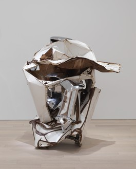 John Chamberlain, Diamond Lee, 1969 Painted and chrome-plated steel, 59 × 57 × 45 inches (149.9 × 144.8 × 114.3 cm)© 2021 Fairweather & Fairweather LTD/Artists Rights Society (ARS), New York. Photo: Rob McKeever