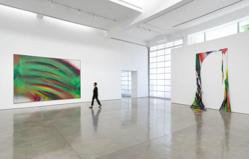 Installation view Artwork © Katharina Grosse and VG Bild-Kunst, Bonn, Germany 2021. Photo: Jeff McLane