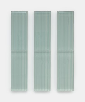 Rachel Whiteread, Untitled (Snow), 2019 Resin and steel, in 3 parts, overall: 74 ⅞ × 59 ⅛ × 6 ¾ inches (190 × 150 × 17 cm)© Rachel Whiteread. Photo: Prudence Cuming Associates