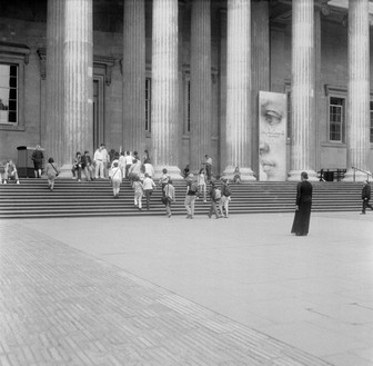 Carrie Mae Weems, The British Museum, 2006– Digital chromogenic print, image: 50 × 50 inches (127 × 127 cm), sheet: 71 ½ × 59 ½ inches (181.6 × 151.1 cm), edition of 5 + 2 AP© Carrie Mae Weems