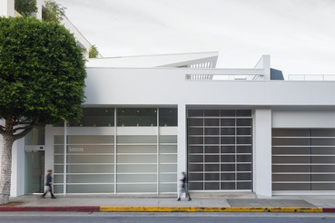 A photograph of the outside of the Gagosian location Beverly Hills
