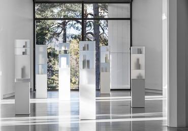 Installation view, Edmund de Waal/Giorgio Morandi, 2017. Artwork © Edmund de Waal. Photo by Jean-Baptiste Béranger