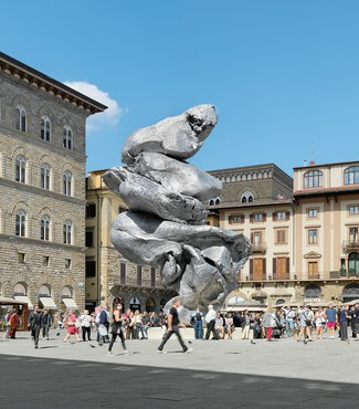 Urs Fischer's Big Clay #4 (2013–14) installed in Piazza della Signoria, Florence, Italy, September 22, 2017–January 21, 2018