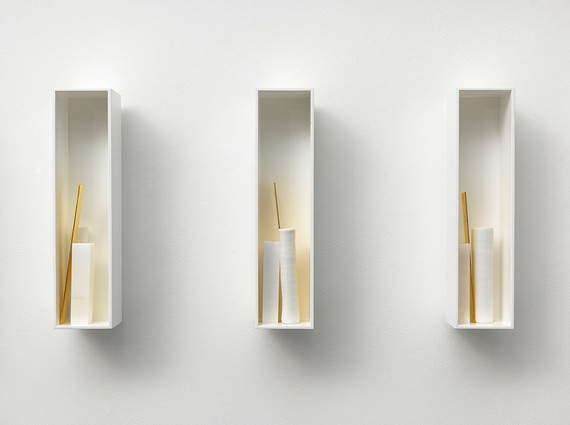 Edmund de Waal, –one way or other–, 2018 (detail) © Edmund de Waal. Photo: Mike Bruce