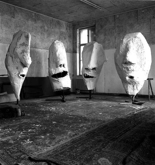 Franz West's Lemurenköpfe(Lemur Heads) (1992) in his studio, Vienna, 1992. Artwork © Archiv Franz West. Photo: Harald Schönfellinger