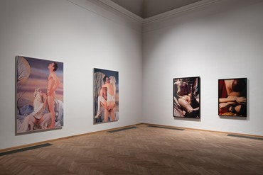 Installation view, Art & Porn, Kunsthal Charlottenborg, Copenhagen, October 5, 2019–January 12, 2020. Artwork, left to right: © Jeff Koons, © Cindy Sherman. Photo: David Stjernholm