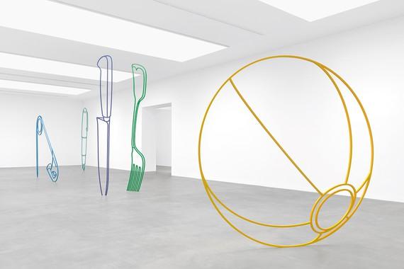 Installation view, Michael Craig-Martin: Sculpture, Gagosian, Britannia Street, London, May 31–August 3, 2019. Artwork © Michael Craig-Martin. Photo: Mike Bruce