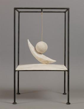 Alberto Giacometti, Boule suspendue, 1930–31, Fondation Giacometti, Paris © 2020 Succession Giacometti (Fondation Giacometti, Paris + ADAGP, Paris)