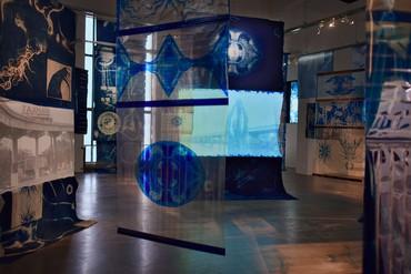 Installation view, Ellen Gallagher with Edgar Cleijne: Liquid Intelligence, Wiels, Contemporary Art Centre, Brussels, February 2–April 28, 2019. Artwork © Edgar Cleijne and Ellen Gallagher