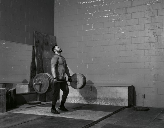 Jeff Wall, Weightlifter, 2015 © Jeff Wall