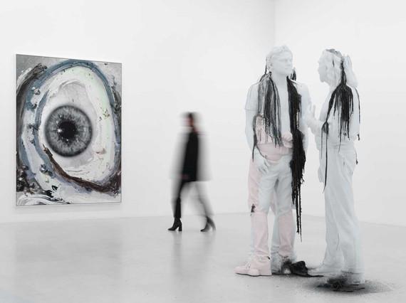 Installation view, Urs Fischer: Leo, Gagosian, Paris, October 14–December 20, 2019. Artwork © Urs Fischer. Photo: Stefan Altenburger