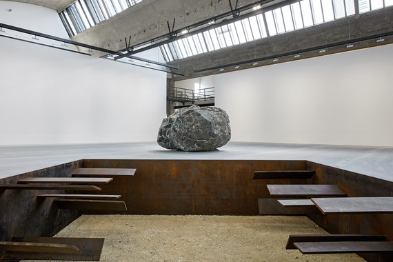 Installation view, Michael Heizer, Gagosian, Le Bourget, France, October 16, 2018–July 6, 2019. Artwork © Michael Heizer. Photo: Thomas Lannes