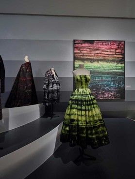 Installation view, Dior: From Paris to the World, Dallas Museum of Art, May 19–October 27, 2019. Artwork © Sterling Ruby. Photo: courtesy Dallas Museum of Art