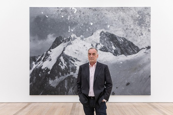 Rudolf Stingel in front of his painting Untitled (2010) at the Fondation Beyeler, Riehen/Basel, 2019. Artwork © Rudolf Stingel. Photo: Matthias Willi