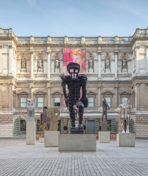 Thomas Houseago's Annenberg Courtyard installation, Royal Academy of Arts, London, 2019. Artwork © Thomas Houseago. Photo: Lucy Dawkins