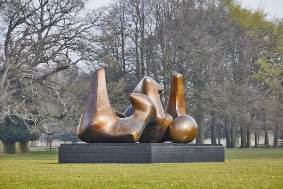 Henry Moore, Three Piece Sculpture: Vertebrae, 1968–69 © Henry Moore Foundation. Photo: Pete Huggins