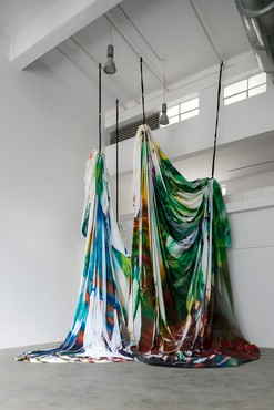 Katharina Grosse, The Horse Trotted a Little Bit Further, 2020, installation view, Fondazione Merz, Turin, Italy, © Katharina Grosse and VG Bild-Kunst, Bonn, Germany 2021. Photo: courtesy Fondazione Merz