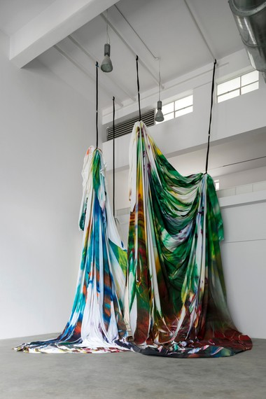 Katharina Grosse, The Horse Trotted a Little Bit Further, 2020, installation view, Fondazione Merz, Turin, Italy. Artwork © Katharina Grosse and VG Bild-Kunst, Bonn, Germany 2020. Photo: courtesy Fondazione Merz