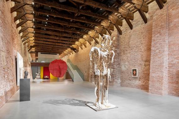 Installation view, Untitled, 2020, Punta della Dogana, Venice, March 22–December 13, 2020. Artwork © Thomas Houseago. Photo: Marco Cappelletti/DSL Studio