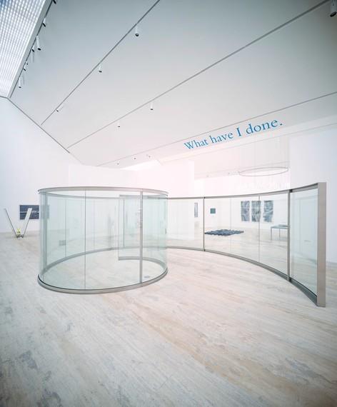Installation view, Colección Jumex: Al filo de la navaja, Museo Jumex, Mexico City, August 18, 2020–February 13, 2021. Artwork, front: © Dan Graham; ceiling © Studio lost but found/VG Bild-Kunst, Bonn 2020