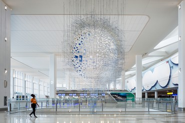 Sarah Sze, Shorter Than the Day, 2020, installation view, LaGuardia Airport, New York © Sarah Sze. Photo: Nicholas Knight