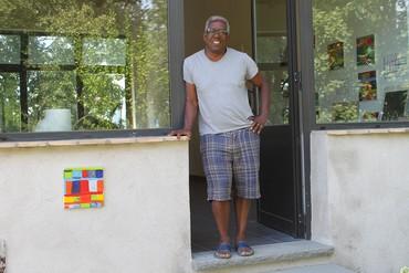 Stanley Whitney at his studio near Parma, Italy, 2012. Photo: Marina Adams, courtesy the artist
