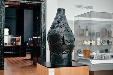 Installation view, Theaster Gates: Slight Intervention #5, Victoria & Albert Museum, LondonSeptember 18–January 9, 2022. Artwork © Theaster Gates. Photo: Jamie Stoker
