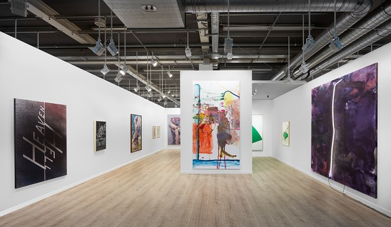 Gagosian's booth at Art Basel 2021. Artwork, left to right: © Ed Ruscha, © Mark Tansey, © Glenn Brown, © Succession Picasso 2021, © Jenny Saville, © Albert Oehlen, © Ellsworth Kelly Foundation, © Cy Twombly Foundation, © Mary Weatherford. Photo: Sebastiano Pellion di Persano