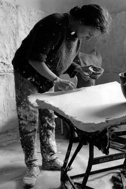 Rachel Whiteread making Ghost (1990), London, 1990. Artwork © Rachel Whiteread. Photo: Marcus Taylor