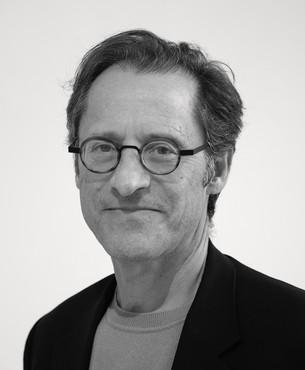 Douglas Dreishpoon