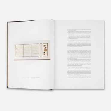 Taryn Simon:A Living Man Declared Dead and Other Chapters I–XVIII(2nd ed. New York: Gagosian Gallery; London: Wilson Center for Photography, 2012)