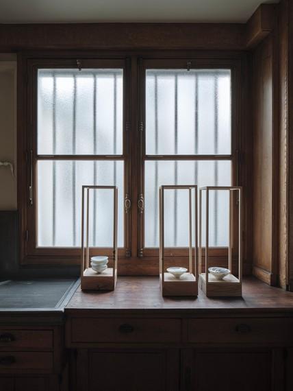 Edmund de Waal, muet I, II, andIII, all 2021, installation view, Musée Nissim de Camondo, Paris © Edmund de Waal. Photo: Christophe Dellière © MAD, Paris