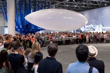 Burden's Airship Takes Flight