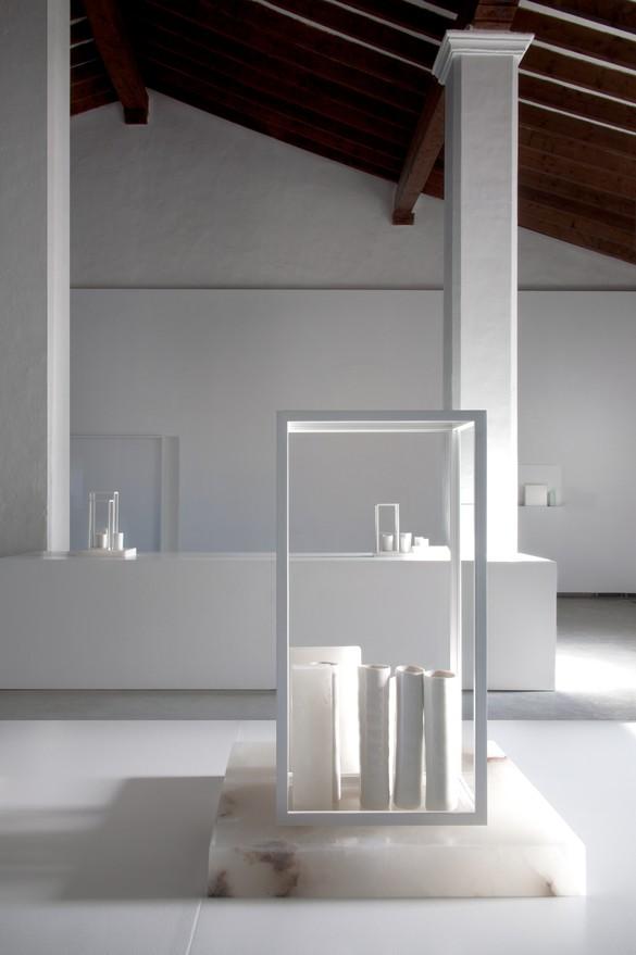 Installation view, Edmund de Waal: White Island, Museu d'Art Contemporani d'Eivissa, Ibiza, Spain, June 8–September 23, 2018