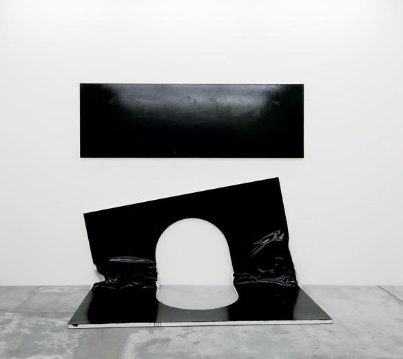 Steven Parrino, The Self-Mutilation Bootleg 2 (The Open Grave), 1988–2003, enamel on canvas, 115 × 64 × 20 inches (292.1 × 162.6 × 50.8 cm). Photo: Ilmari Kalkkinen, courtesy Mamco, Geneva