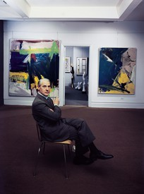 Willem de Kooning seated at Sidney Janis Gallery, 1959. Color photograph