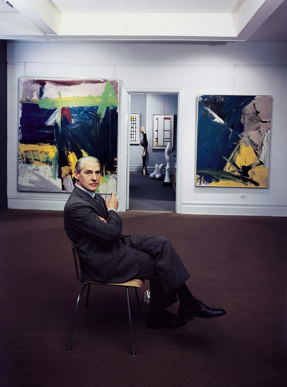 Willem de Kooning at the Sidney Janis Gallery, New York, 1959. Photo: Arnold Newman Properties/Getty Images