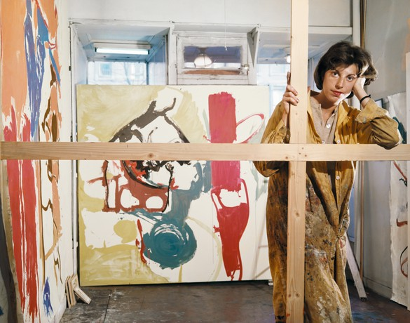 Frankenthaler in her studio at Third Avenue and East 94th Street, New York, with Mediterranean Thoughts (1960, in progress, left) and Figure with Thoughts (1960, in progress, center), March 1960. Photo by Tony Vaccaro
