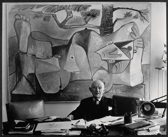 Brassaï, Kahnweiler in his office on rue Monceau, before a painting by Picasso, 1962