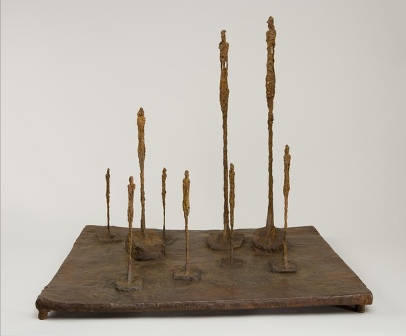Alberto Giacometti, La Clairière, 1950 (cast 2007), bronze, 23 ⅛ × 25 ¾ × 20 ¾ inches (58.7 × 65.3 × 52.5 cm), edition Fondation Alberto et Annette Giacometti, Fondation Giacometti, Paris © 2016 Alberto Giacometti Estate/Licensed by VAGA and ARS, NY