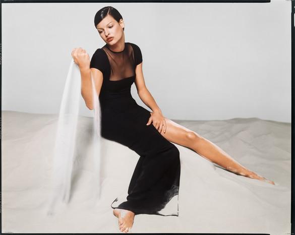 Richard Avedon, Linda Evangelista, Versace Spring/Summer 1993 campaign, New York, November 1992, 1992