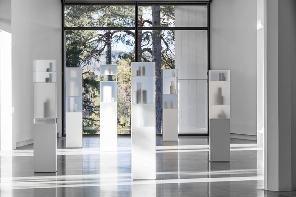 Installation view,Edmund de Waal, Giorgio Morandi, Artipelag, Gustavsberg, Sweden, April 7–October 1, 2017. Photo by Jean-Baptiste Béranger